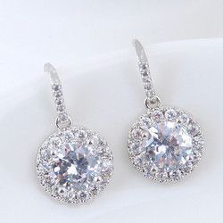 Juhlakorvakorut, ROMANCE/Round CZ Earrings in Silver