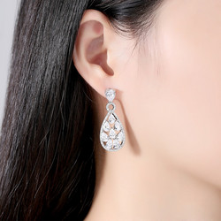 Juhlakorvakorut, ROMANCE/Luxurious Teardrop Earrings with CZ