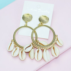Korvakorut, Gold Seashell Earrings