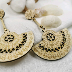 Puiset korvakorut, Natural Bohemian Earrings with Lace Decoration