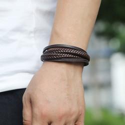 Keinonahkainen rannekoru, Multilayer Black Faux Leather Bracelet