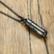 Avattava kirurginteräskaulakoru, Black Sweater Necklace
