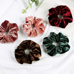 Donitsi/Scrunchie|SUGAR SUGAR, Medium Velvet Scrunchie -samettidonitsi