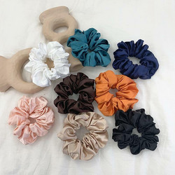 Donitsi/Scrunchie|SUGAR SUGAR, Large Satin Scrunchie -satiinidonitsi