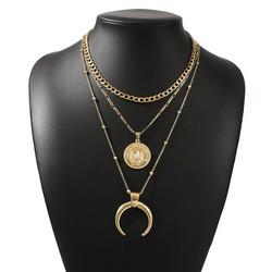 Kerroskaulakoru, FRENCH RIVIERA|Half Moon Three Layer Necklace in Gold