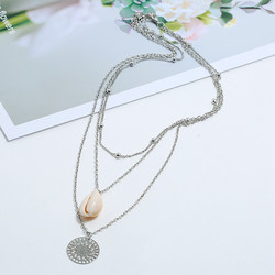 Kerroskaulakoru, FRENCH RIVIERA|Holiday Seashell Necklace in Silver