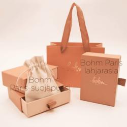 Korvakorut, BOHM PARIS|Boucles Sylvie dorée avec cristal coral