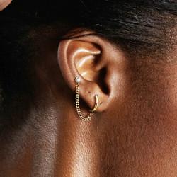 Rustokoru/korvakoru, Clicker Hoop Earring & Chain with Barbel in Black