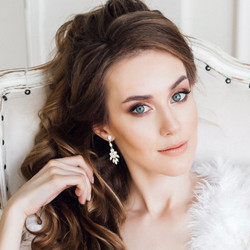 Kristallikorvakorut, ATHENA BRIDAL|Classic Sophia Earrings