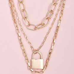 Kerroskaulakoru, FRENCH RIVIERA|Layer Necklace in Gold with Lock