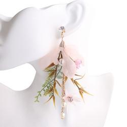 Korvakorut, FRENCH RIVIERA|Flower Earrings with Green Leafs in Pink