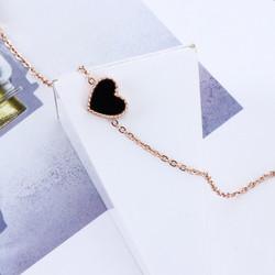 Kirurginteräsrannekoru, Red Heart Gold Bracelet