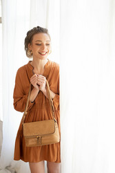 Laukku, BESTINI Paris|Small Handbag in Brown with Gold Details