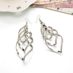 Korvakorut, FRENCH RIVIERA|Modern Twist Earrings in Silver