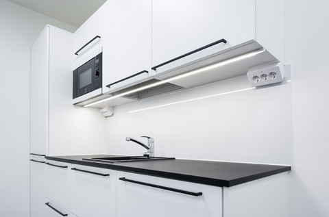 LED-nauhapaketti keittiöön 24 VDC