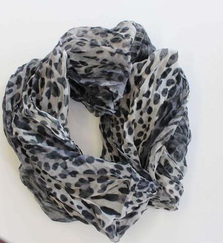 Tuubihuivi, 100% polyester.  (53cm x 80cm)