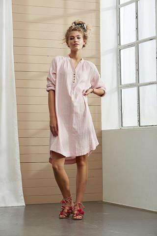 Ze-Ze puuvillatunika/mekko. Väreinä roosa, tumma oliivi ja harmaa/muta