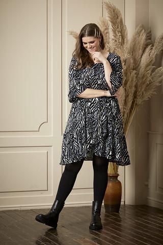 Zhenzi upea tunika/mekko tämän syksyn trendikkäässä kuosissa!