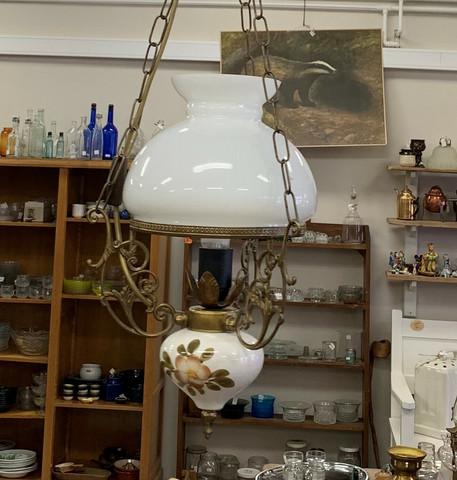 Vanhanmallinen keittiön lamppu 70-luvulta