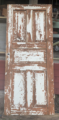 wanha patinoitunut ovi, peiliovi sisustuskäyttöön