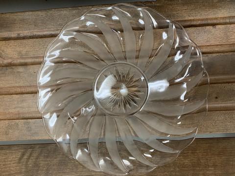 Vanha, kaunis lasinen tarjoilulautanen, kakkuvati, kotimaista lasia