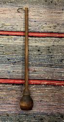 Vanha puinen puntari, käsivaaka