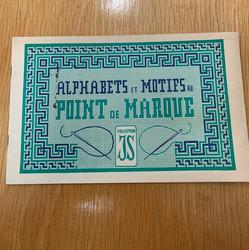 Alphabets et Motifs au point de marque, käsityökirja