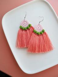 Hede-virkatut korvakorut, koralli-vihreä-roosa