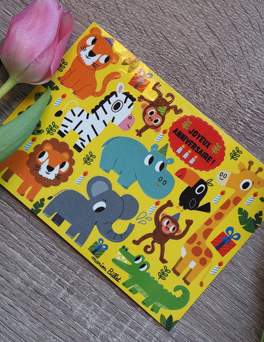 Villieläimet-postikortti jossa tarroja