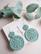 Hyrrä-virkatut korvakorut, vanha vihreä