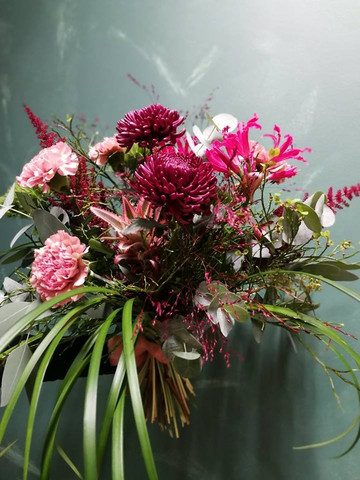 Bouquet Dramatic