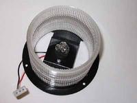 Xenon-polttimon kanta panelimajakkaan. 360 ast. sis.polttimon
