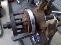 Laakerityökalut pyöränlaakeri –/ napayhdistelmälle, mekaaniset