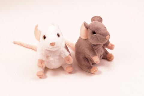 Valkoinen istuva hiiri