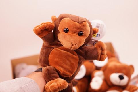 Apina käsinukke