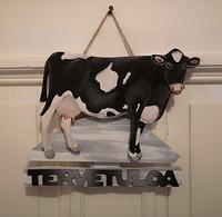 Mustavalkoinen lehmä kyltti