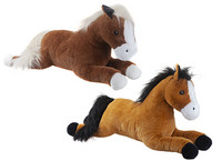 Vaaleaharjainen iso hevonen