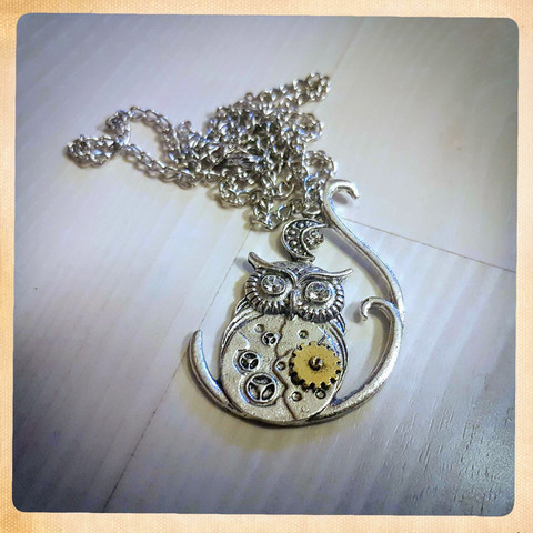 Necklace, Steampunk style Owl