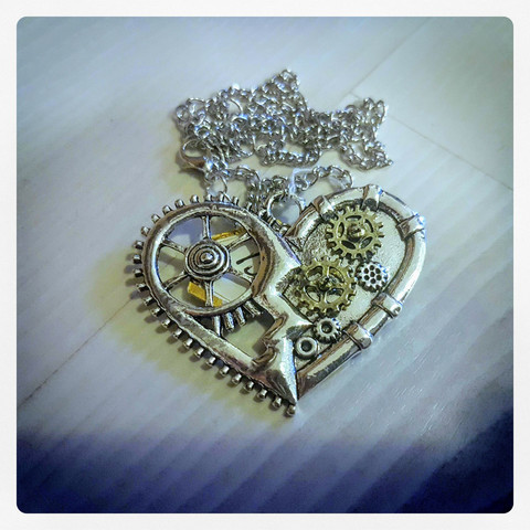 Necklace, Steampunk style Heart