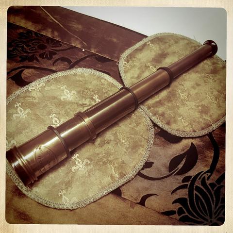 Kaukoputki 42cm pitkä - Merirosvo kiikari - Merenkulku esine - Antiikki replika - Messinki koristelu - Steampunk - Cosplay