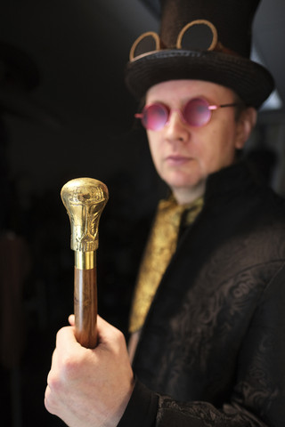 Walking Cane with Brass Decor top Head - Gentleman style - Steampunk walking cane - Gentleman