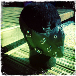 Leatherette mask with decorations, black