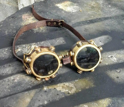 Leather & Brass Goggles, Deluxe model