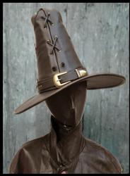 Nahkainen Velhon / Fantasia hattu extra suipolla ja korkealla päällä