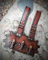 Steampunk tyylinen Pullo Vyöpidike