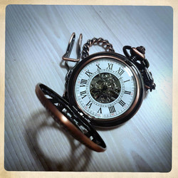 Mechanical pocketwatch, copper colour