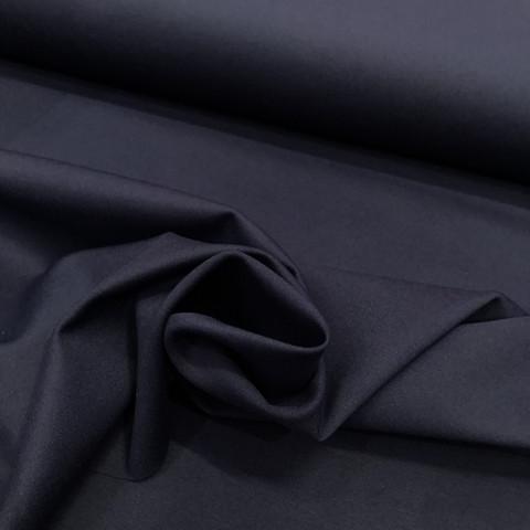 Punto, napakka ja vahva housukangas: Tummansininen