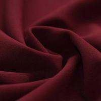 Scuba: Viininpunainen