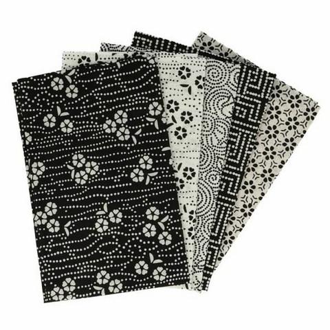 Tissu de Marie Fat quarter bundles: Käsityöpuuvillalajitelma 5 x 50x57cm (Wisdom white)