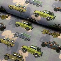 Digitrikoo: Army cars, vaalea jeans